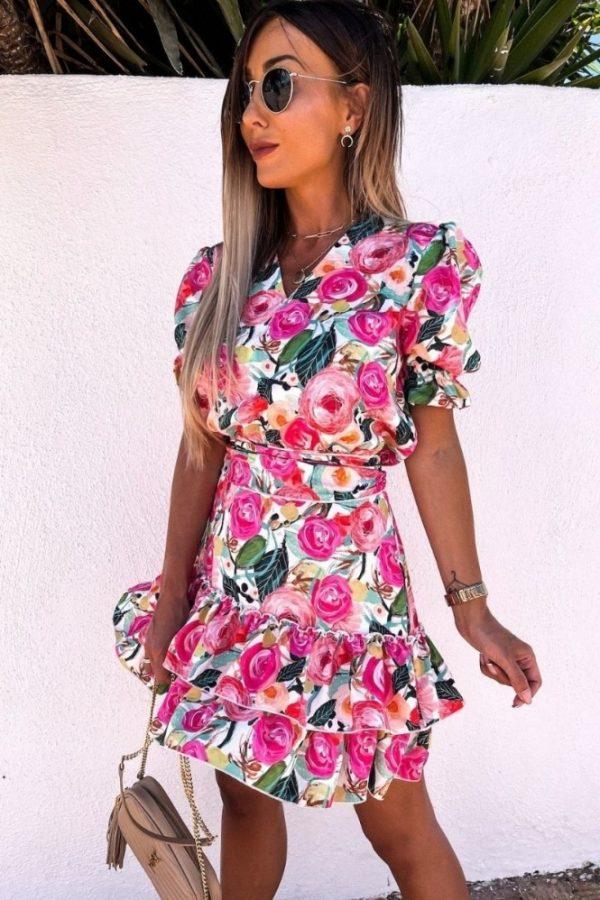 Ružovo zelené kvetinové šaty s nariasenými rukávmi